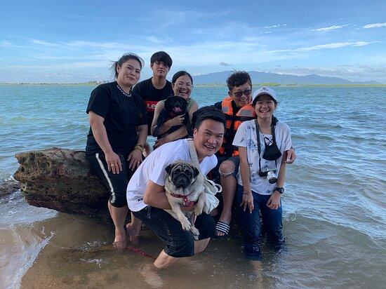 Laem Sing, Thailand: ทริปของคนรักหมา