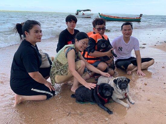 Laem Sing, Thailand: เกาะกวางแสนสนุก ทริปนี้เจ้าของที่พักจัดให้ นอกเหนือจากล่องแพชมนกเหยี่ยวแดง