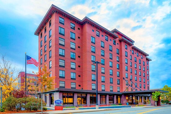 Hampton Inn & Suites Pittsburgh - Downtown