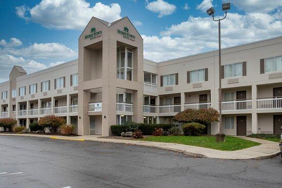 HomeTown Inn East Syracuse