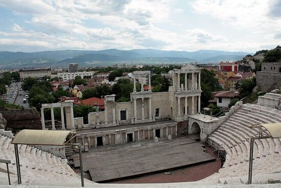 5-Day Self-Drive Bulgaria Sightseeing Tour from Sofia by E-Car