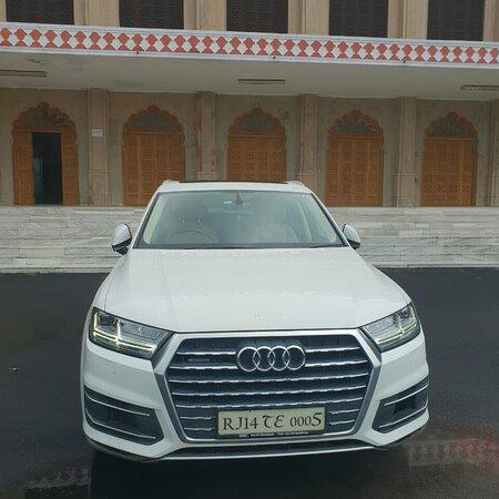 All car rental services IN jaipur  9024902326