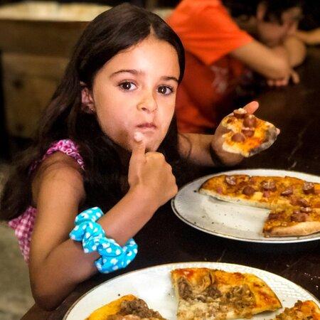 Palavras para quê?! Quem é que não adora comer a pizza que acabou de fazer?