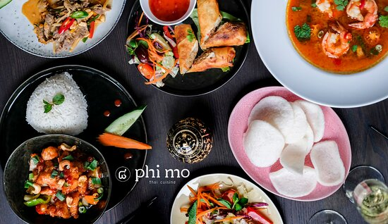 Phi Mo dinning