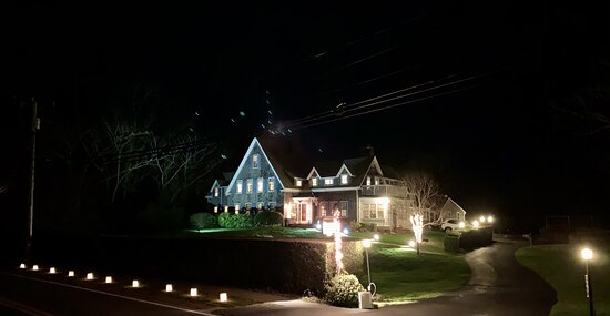 Front of property ready for the holidays