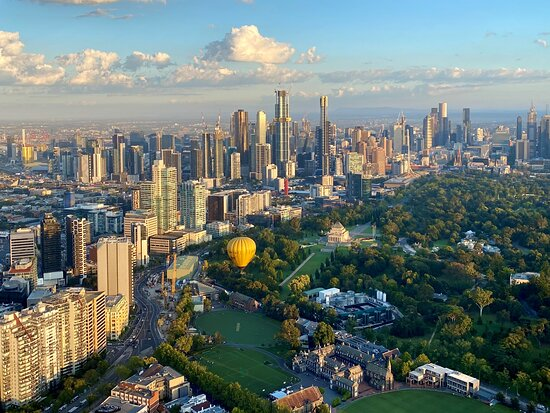 Melbourne ballooning