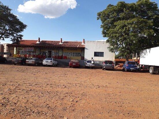 Sabaudia, PR: Restaurante Bola e Viola Pronto Para te Atender