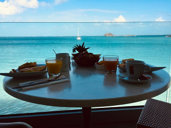 Breakfast at Sunset Cafe, an incredible way to start your day.