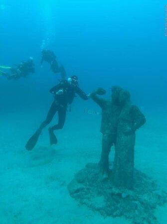 1 Dive Underwater Museum: Museo atlantico