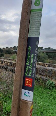 Seda, Portugal: Information sign at Ponte Romana de Vila Formosa