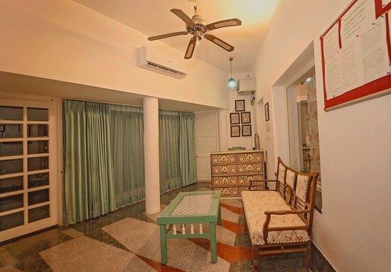 Reception / Entrance