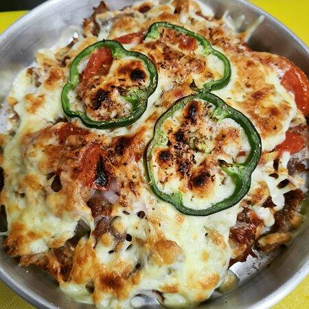 Gyros pizza! Gyros pitta size!