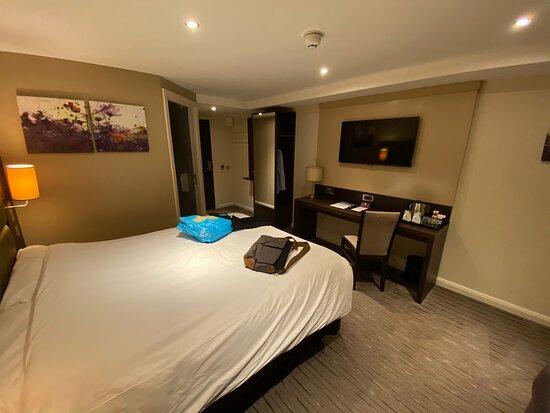 Фотография Premier Inn London Kew Bridge Hotel