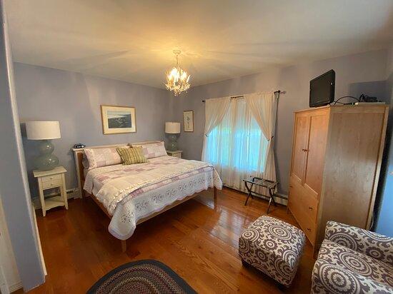 Wisteria Room
