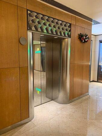 酒店電梯大堂