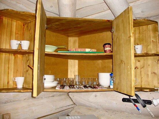 Изба Большая 18 набор посуды