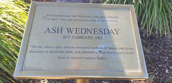 Millicent Visitor Information Centre  SA    signage for Ash Wednesday memorial