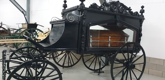 Millicent National Trust Museum   SA     hearse