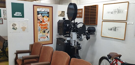 Millicent National Trust Museum   SA    film projector