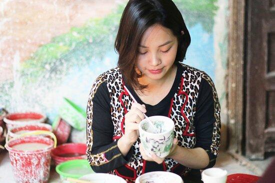 Unika Bat Trang Pottery Class