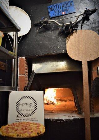 🏁🔥Moto 🛵 Rock🤘 Pizza 🍕Bar 🍻🏁