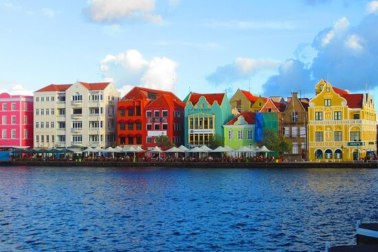 Curacao City, Shop and Beach Tour