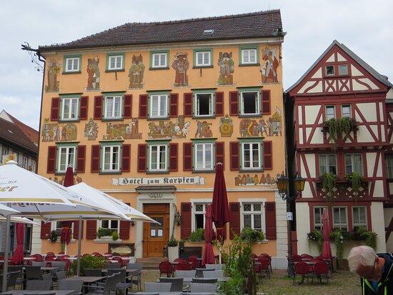Eberbach, Allemagne: Außenansicht Gebäudeensemble, Front