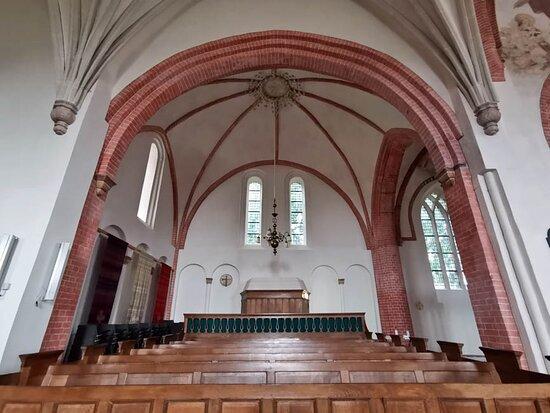 Loppersum, Hollandia: Petrus en Pauluskerk