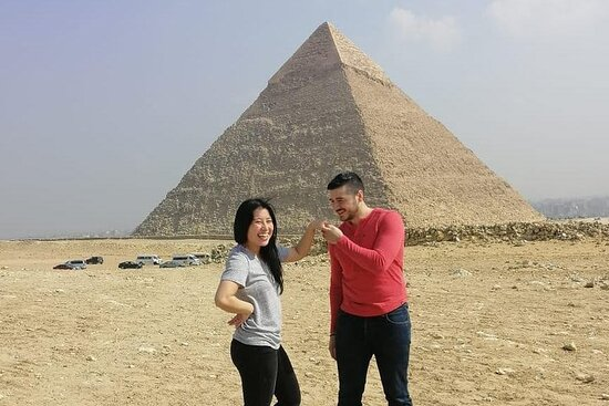 Day Tour to Giza Pyramids and Egyptian...