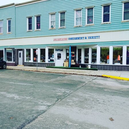 Juliaclaire Consignment & Variety