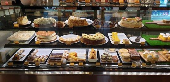 Café Va Bene Campbelltown SA   the dessert cabinet