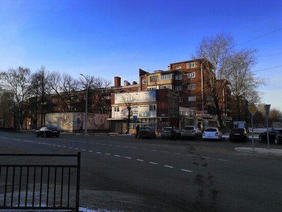 Вид с перекрестка улиц Мархлевского и Красных Зорь