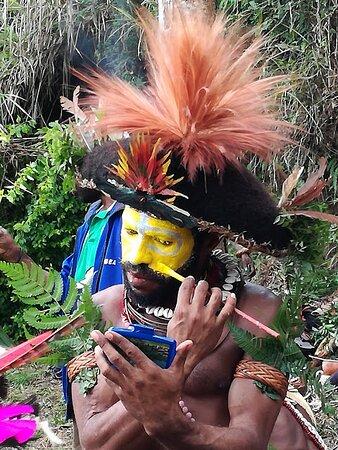 Mount Hagen, Papua New Guinea: Ricordo di un viaggio:Papua Nuova Guinea,Agosto 2019, Back Stage,preparazione al festival nazionale di Mounth Hagen.