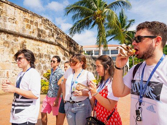 """קרטחנה, קולומביה: Close to the clock tower learning about history and enjoying some """"patacones"""""""