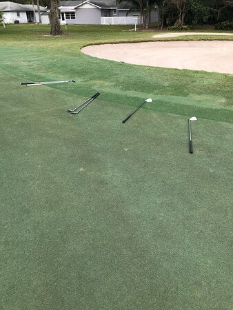 The hole was so easy that everyone had to bring extra clubs!