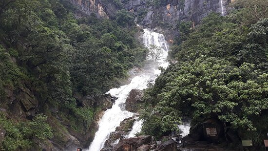 Shan Lanka Tours travel with Rukmal