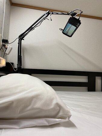 各ベッド毎にポータブルテレビ、専属コンセントをご用意しています