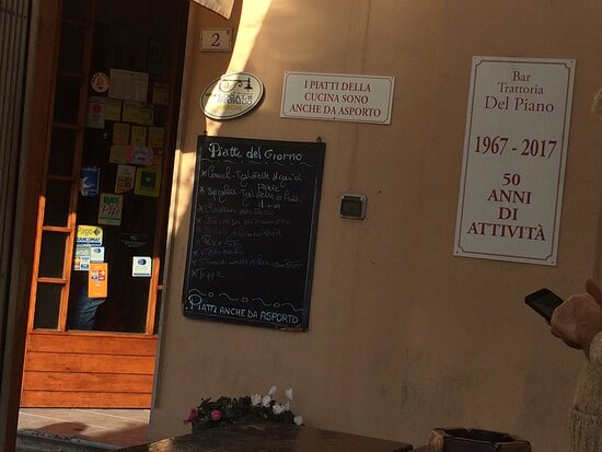 The little blackboard outside that displays the daily menu. Notice the dates on the wall: 1967-2017? And beyond. It is now almost 2021!