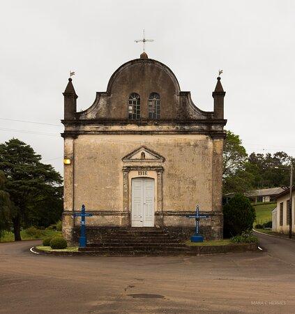 Capela e Igreja Santo Antonio De Castro