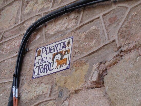 Puerta Del Toril
