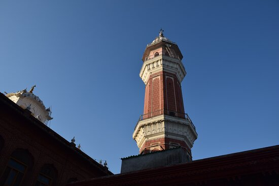 Amritsar, India: The western Bunga stands tall