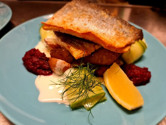Magnor, Noruega: One of our options for fish dinner