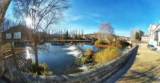 Medieval bridge at the Eastern entrance to the town of Soria