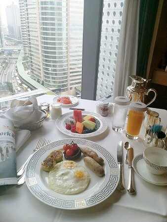 Breakfast with a view - Mandarin Breakfast