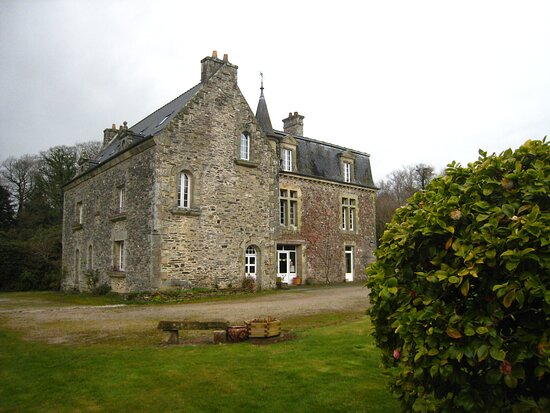 Souvenirs de mes Balades --- France -- Bretagne -- Un petit séjour dans les montagnes noires dans ce vieux Manoir qui propose des chambres d'hôte en pleine nature 20.12.14