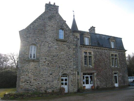 Spezet, Francie: Souvenirs de mes Balades --- France -- Bretagne -- Un petit séjour dans les montagnes noires dans ce vieux Manoir qui propose des chambres d'hôte en pleine nature 20.12.14