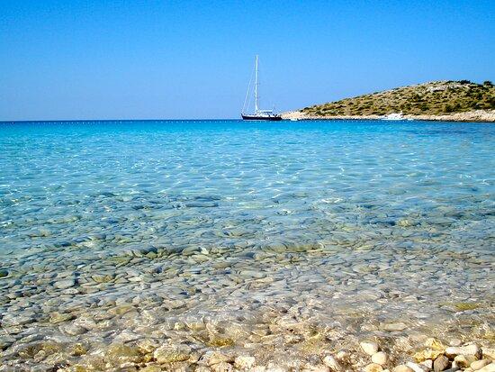 El mar mas limpio que vie en mi vida!