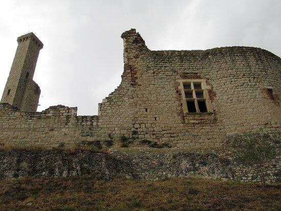 Castelnau-de-Levis, França: tour nord, tourelle de guet et salle des gardes