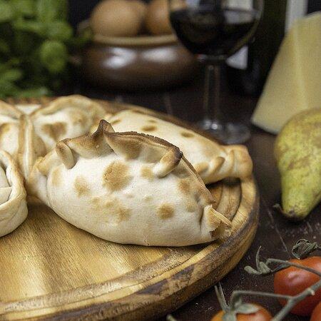Empanada pera y roquefort