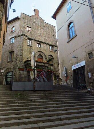 Casa Poscia vista da via Cavour
